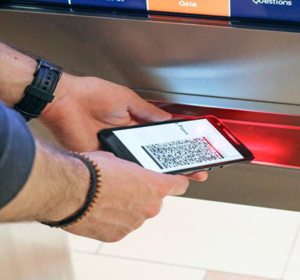 Passengers can scan their boarding pass or a QR code and transfer navigation information to their device